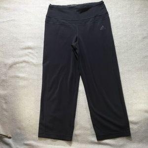 3 for $30Adidas climalite gray Capri pants size S